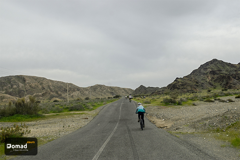 Cycling Tour-Iran Nomad Tours