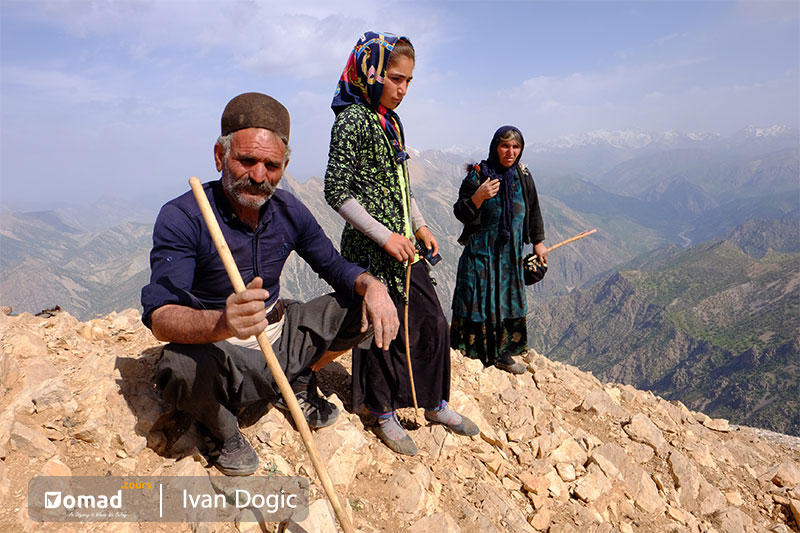 nomadic family in iran- iran noamd tours
