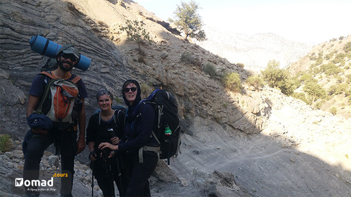 trekking in zgros mountain ranges -iran nomad tours